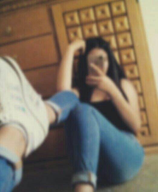 foto tumblr de chica frente al espejo